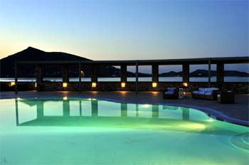SAINT ANDREA RESORT IN  Kolimpithres Naoussa