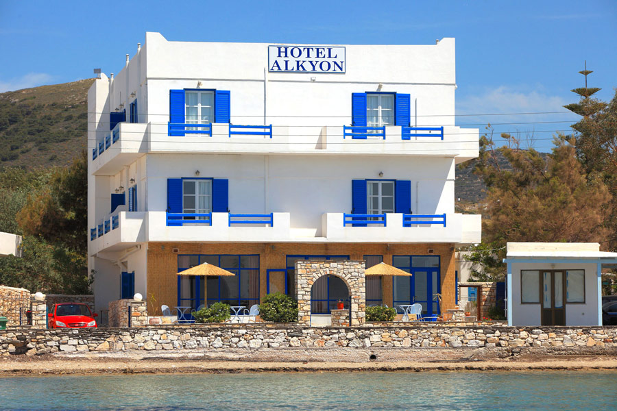 ALKYON HOTEL IN  Parikia